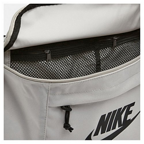 Сумка на пояс Nike TECH HIP PACK 072